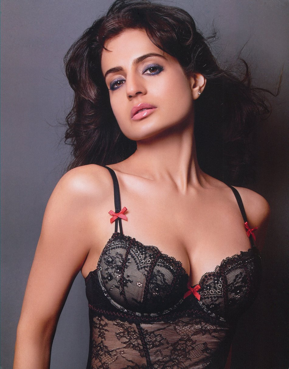 nude pictures of amisha patel  561019